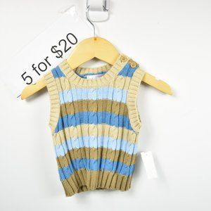 knitted pull over/tank top with button on shoulde